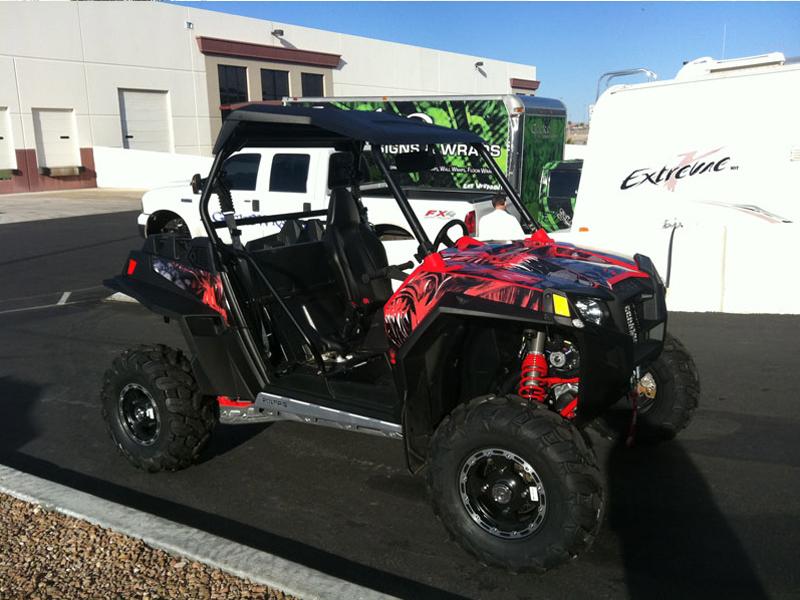 Gecko Wraps Polaris RZR XP 900 Graphics Red Alien Warefare