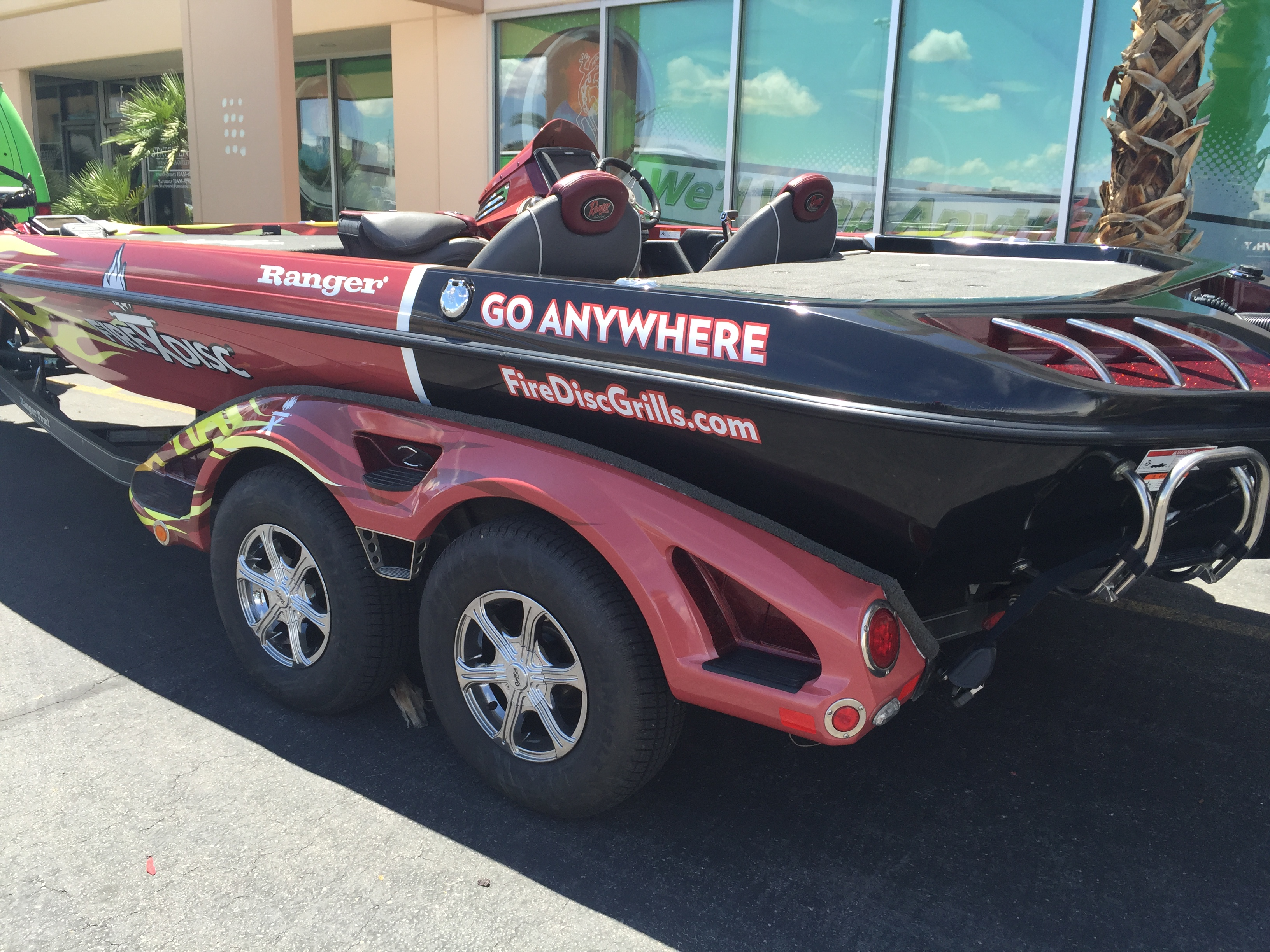 Fire Disk Bass Boat Wrap Geckowraps Las Vegas Vehicle